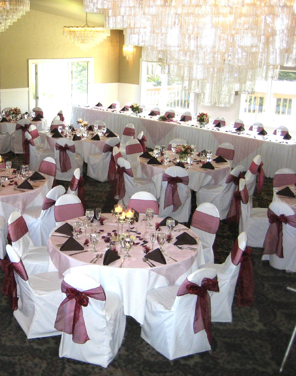 Chocolate Brown And Pink Wedding Table Decorations Photograp