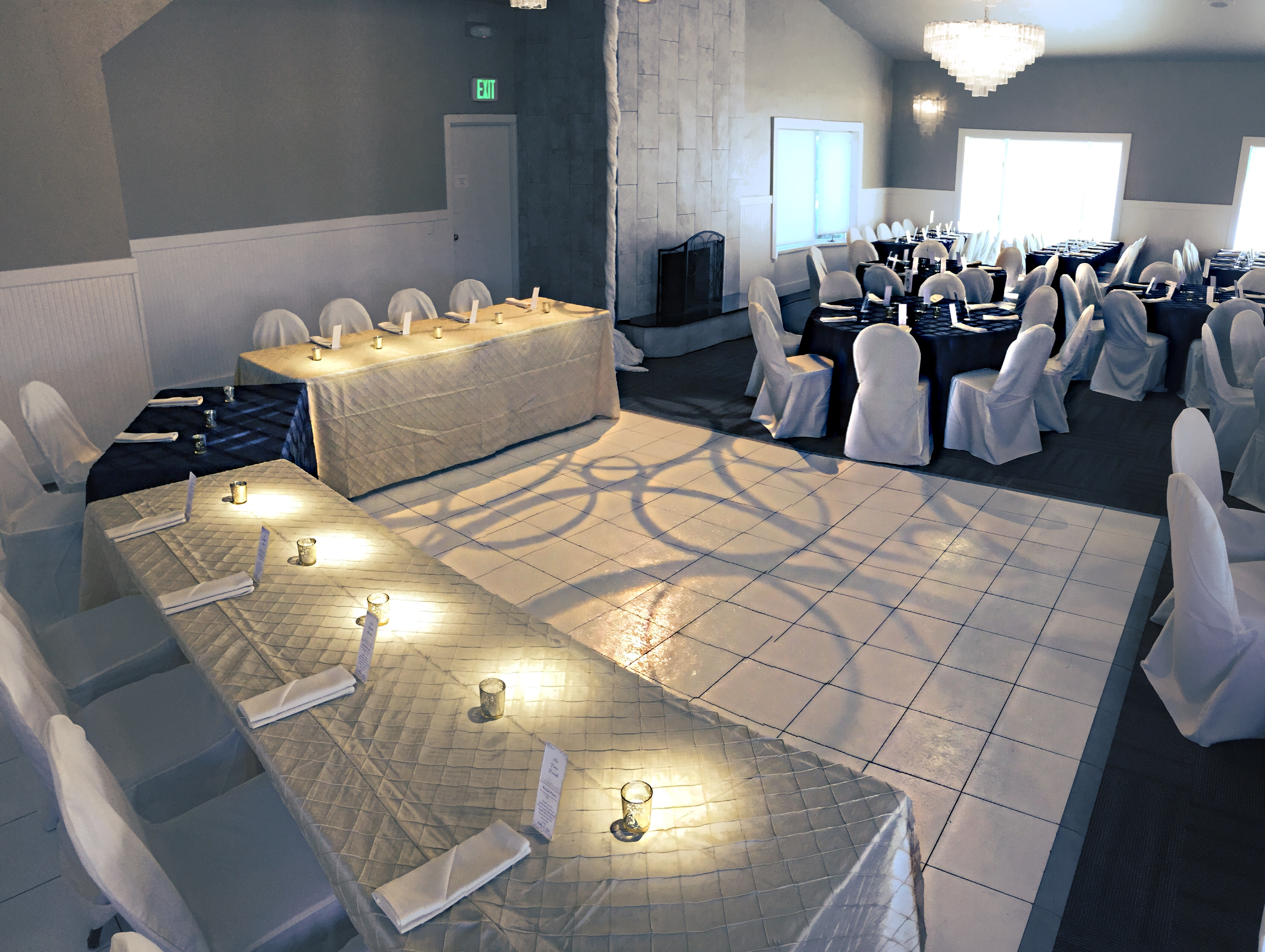 Weddings at eagle hills golf course for 12 by 12 dance floor