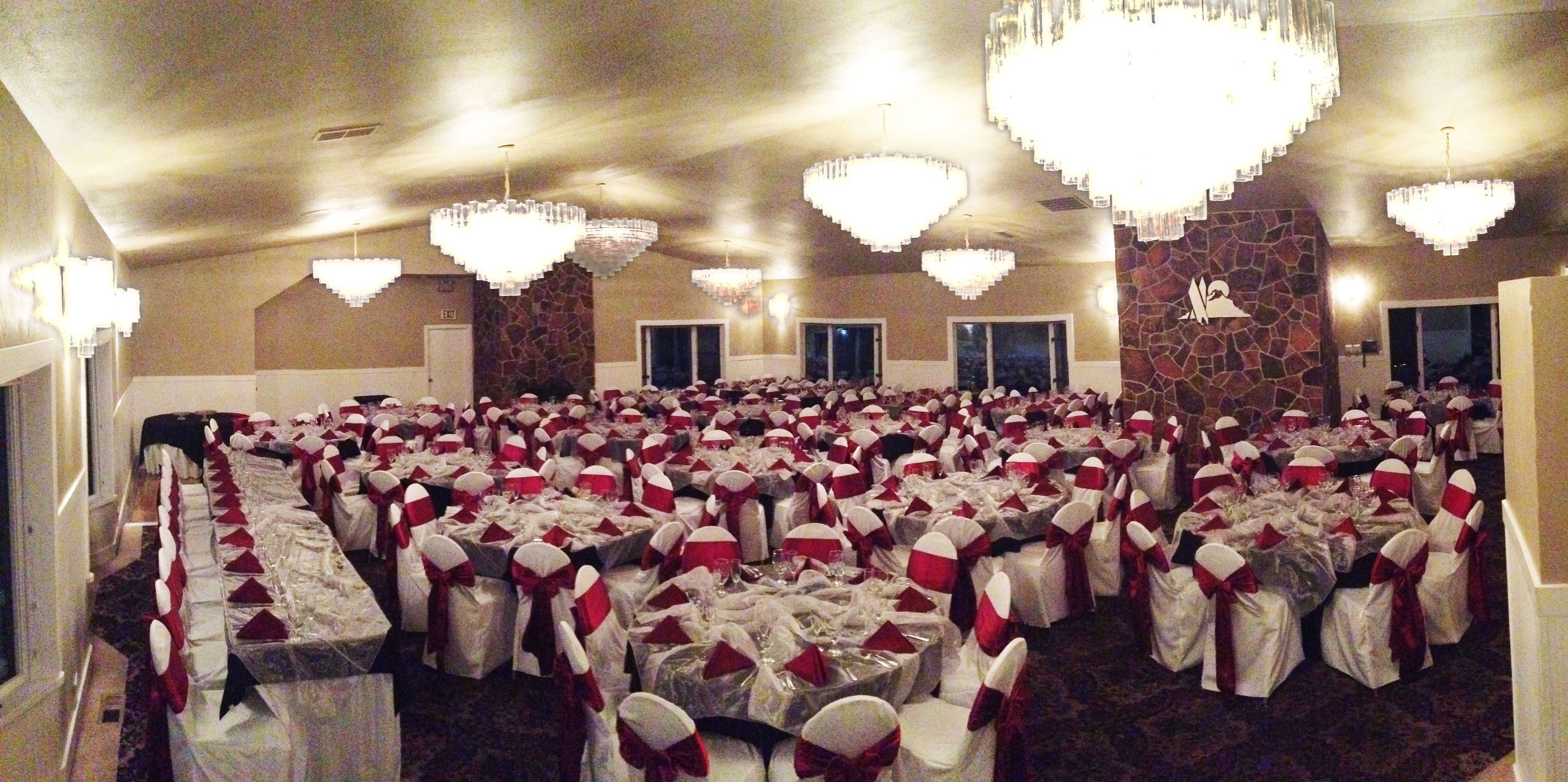 Silver Organza Overlay 14 Each With Black Table Linens Burgundy Napkins And White Skirting Included Room Al Chair Covers